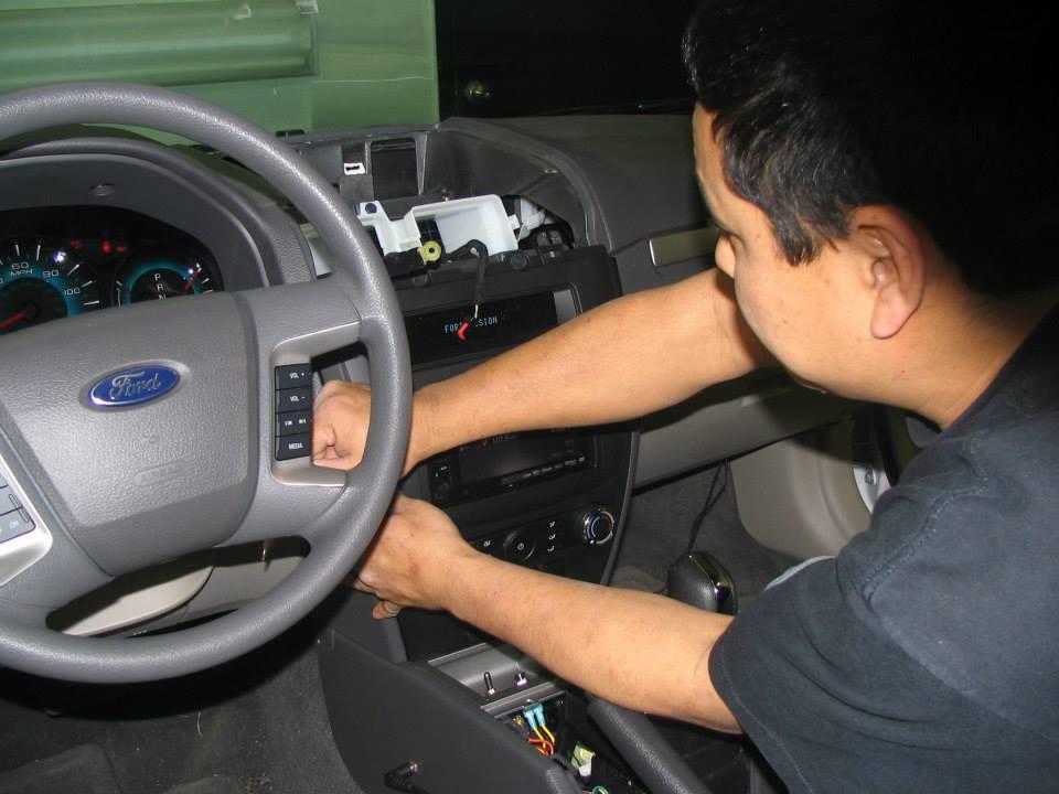 auto electronics installation